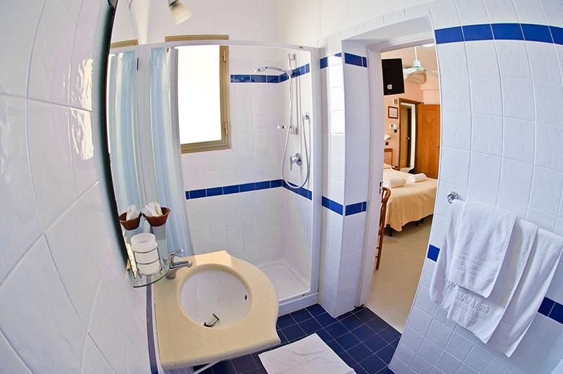 hotel miramare silvi marina adria italien ottima reisen ferienwohnungen ferienh user. Black Bedroom Furniture Sets. Home Design Ideas