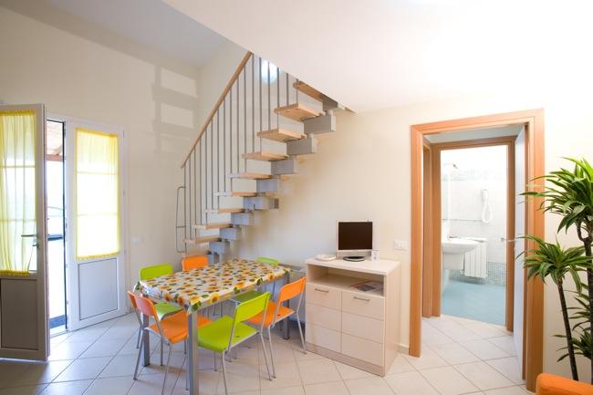 ferienwohnungen rosa dei venti vada toskana italien ottima reisen ferienwohnungen. Black Bedroom Furniture Sets. Home Design Ideas